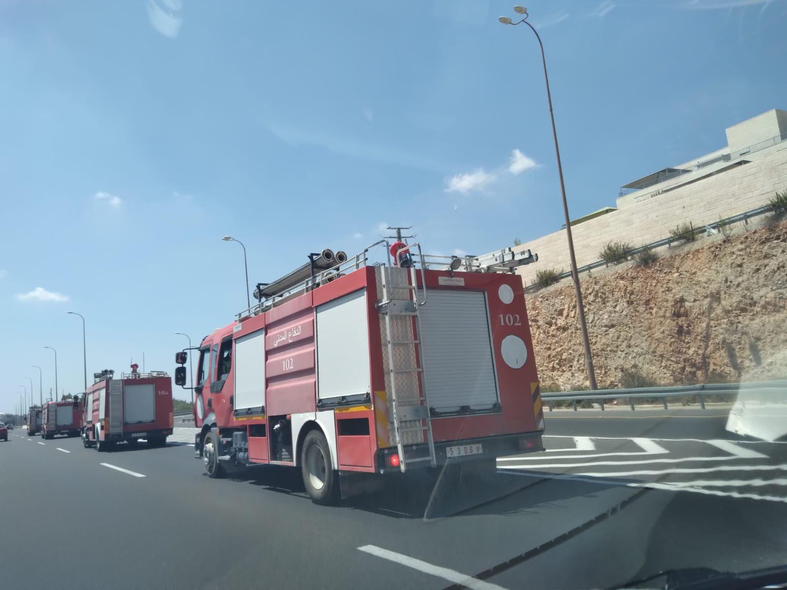 Palestinian Authority firefighters help to tackle Jerusalem blaze